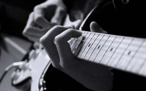 guitars-musical-instrument-strings-wallpaper-3